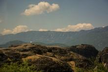 Cadeia de montanhas em Meteora
